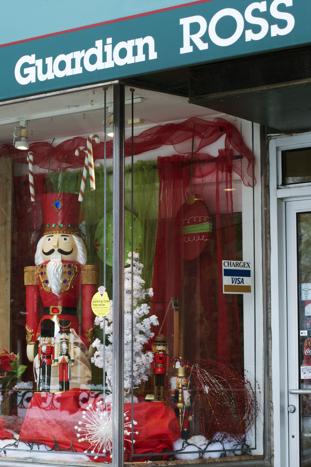 Guardian-Ross-Nutcracker-window.jpg