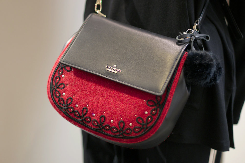 gorgeous-red-and-black-kate-spade-bag.jpg