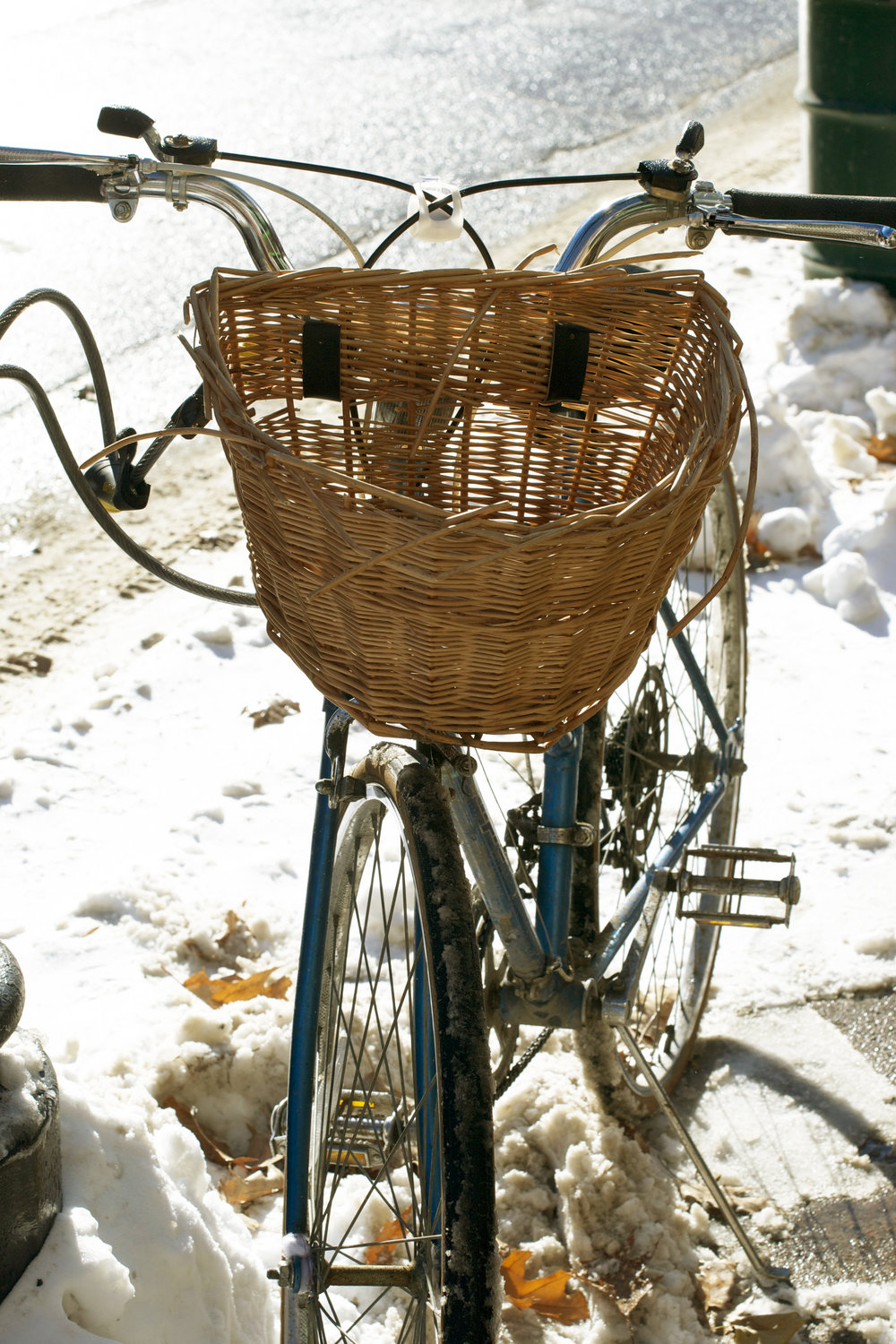 bike-with-wicker-basket.jpg