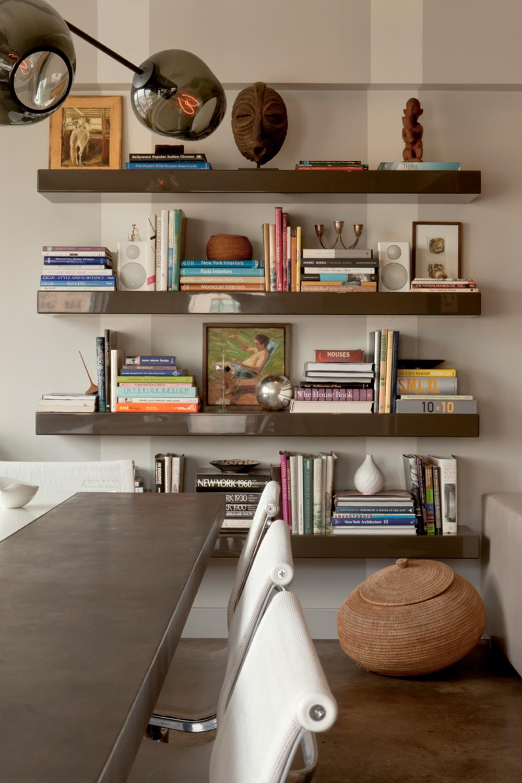 bookshelves_nr.jpg
