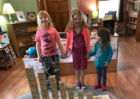 multiage-montessori-math-lesson.jpg