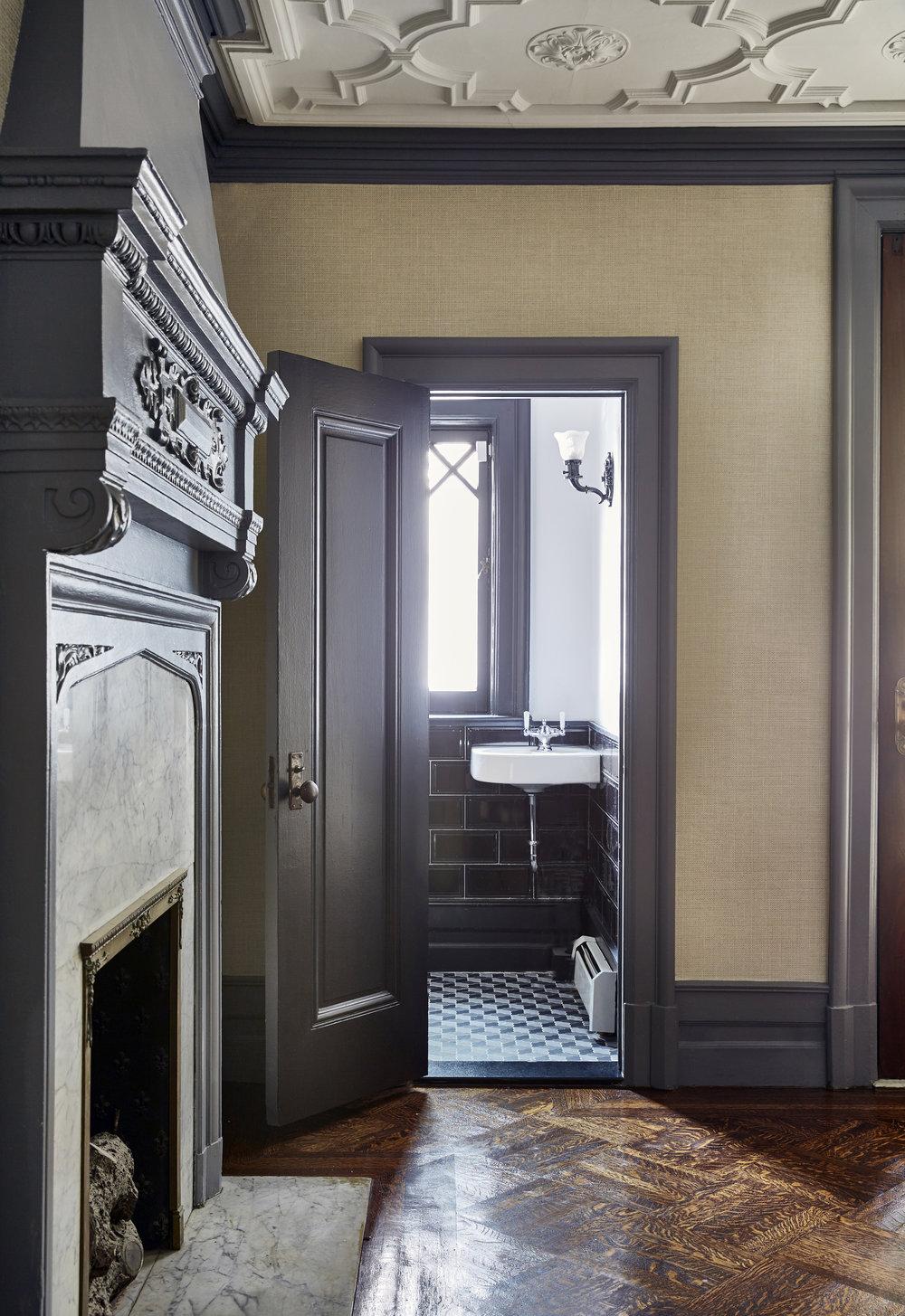 Caroll-Street-Fireplace-Townhouse-JMorris-Design-Interior-Designer-Brooklyn-New-York-Online.jpg