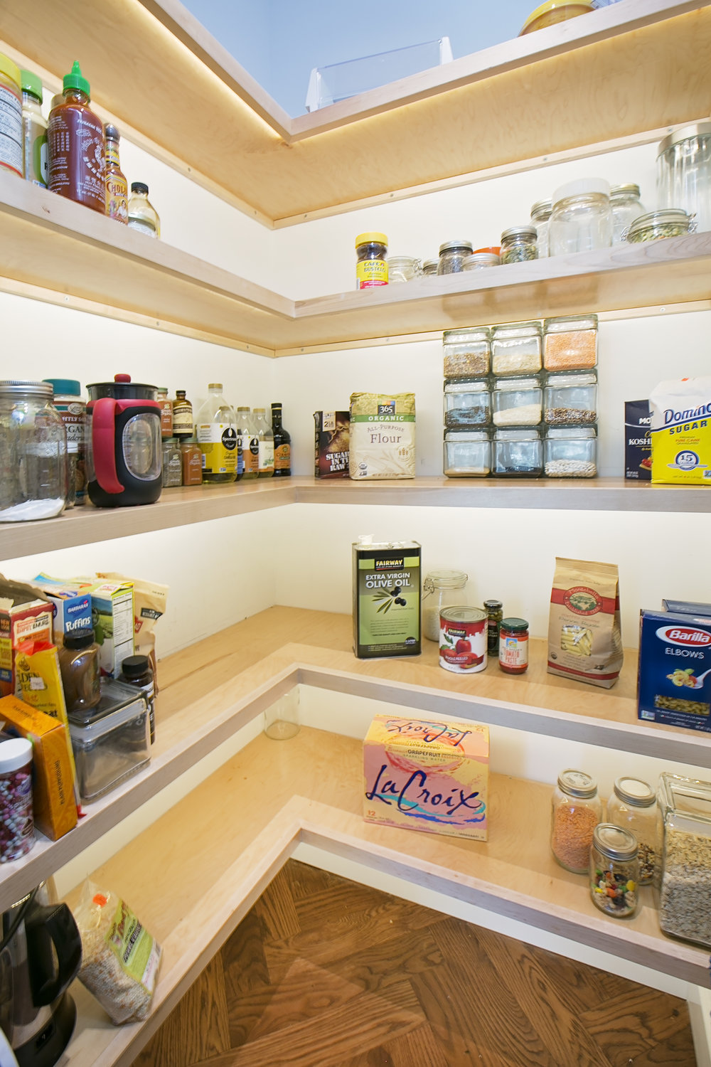 Organized-LED-Lighting-Pantry.jpg