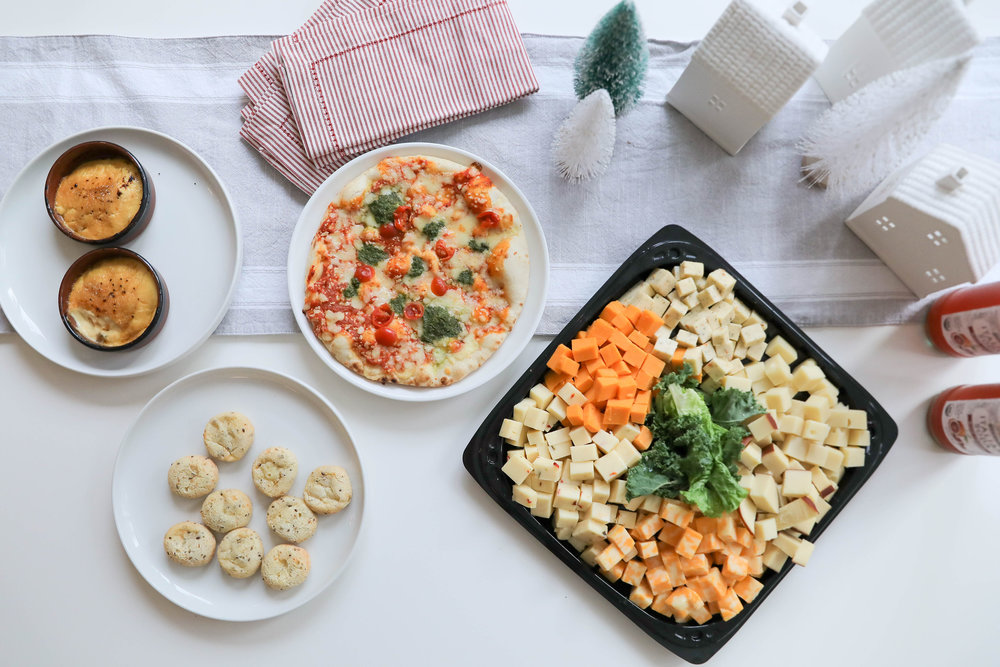The Lazy Girl's Guide To Easy Holiday Entertaining: heavy appetizers and martinis!