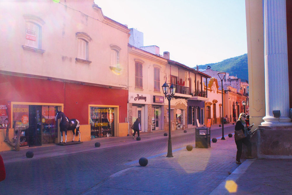 Earliest light in the centre of Salta