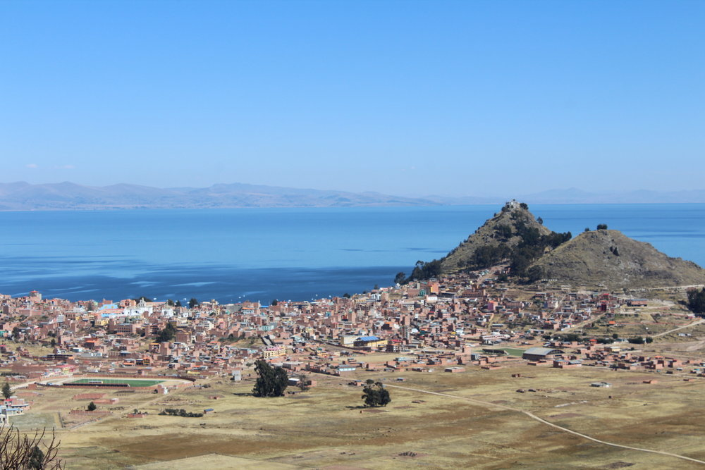 Travel blog full guide to Lake Titicaca from Copacabana Bolivia and Puno Peru