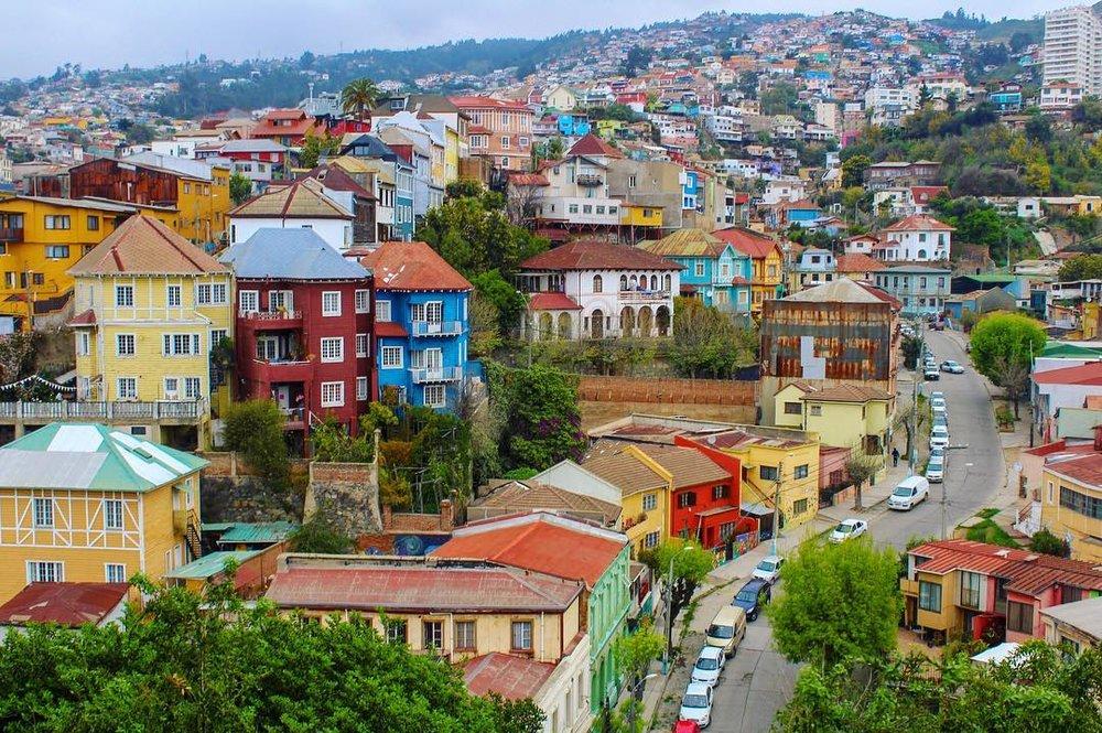 Travel blog city guide to Valparaiso, Chile