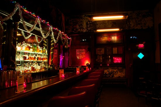 Saturnia - The Trestle Inn