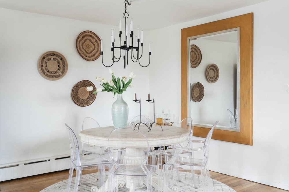 Dining room space with small circular breakfast table