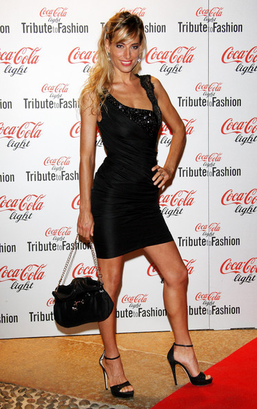 Jessica on the red carpet of Vogue's Fashion Night out with Coca-Cola, as part of Milan Fashion Week