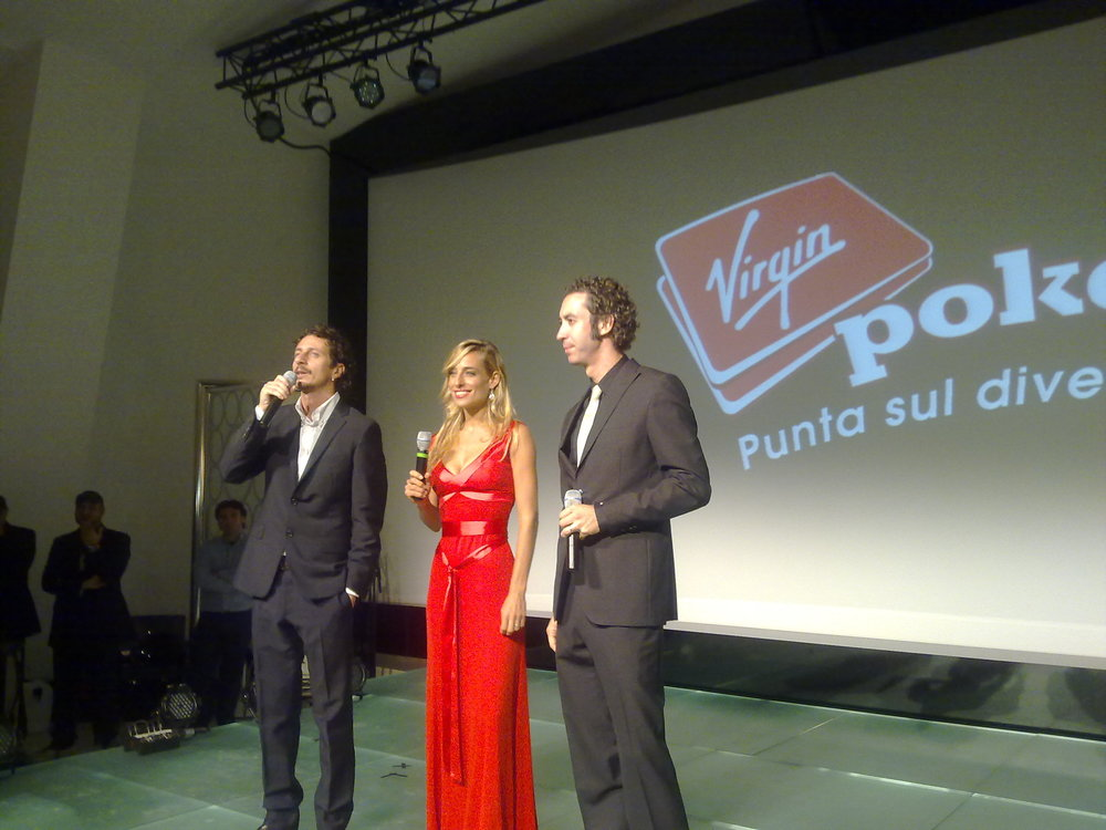 Jessica, with Camera Cafe' co-stars Luca&Paolo, hosting a charity event for Sir Richard Branson and the Virgin Co.