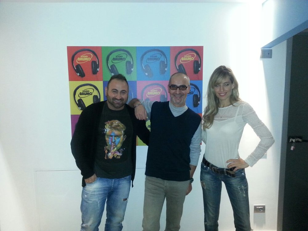 Jessica and Dani Piccirillo in an Italian radio appearance