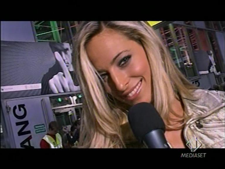 Jessica alla conduzione di Robbie Williams LIVE! a Berlino per Italia1