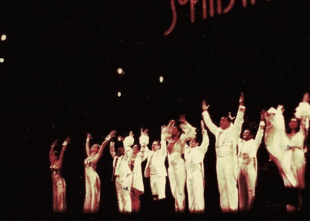 """Jessica, seconda dalla sx, durante il tour mondiale dello spettacolo Broadway """"Sophisticated Ladies"""" con DeeDee Bridgewater"""