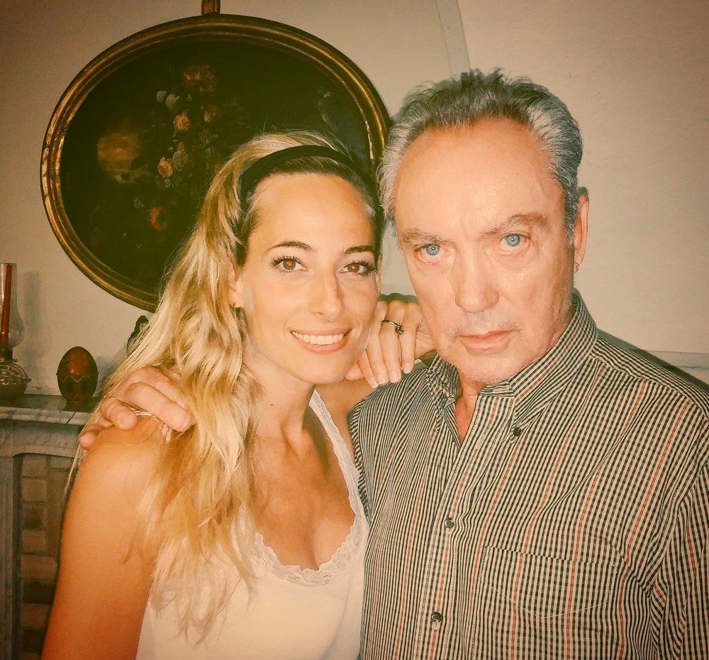 Jessica con l'attore Udo Kier sul set del loro film Ulysses