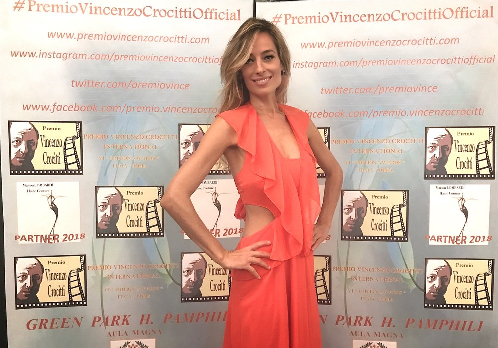 Jessica accepts Italy's prestigious Vincenzo Crocitti Acting Award 2018
