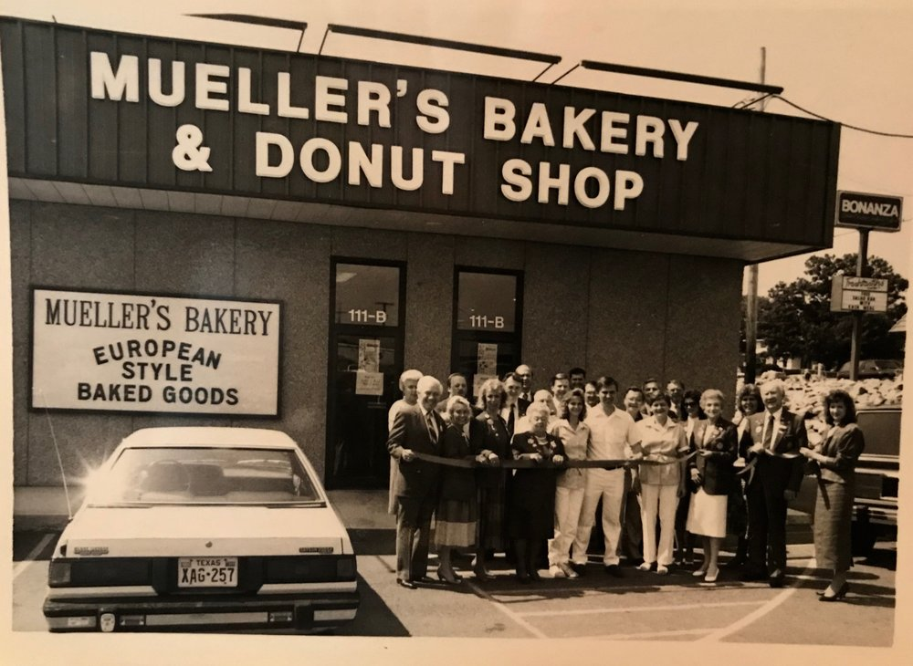 Opening day at Mueller's Bakery in 1989 in Hot Springs, Arkansas.