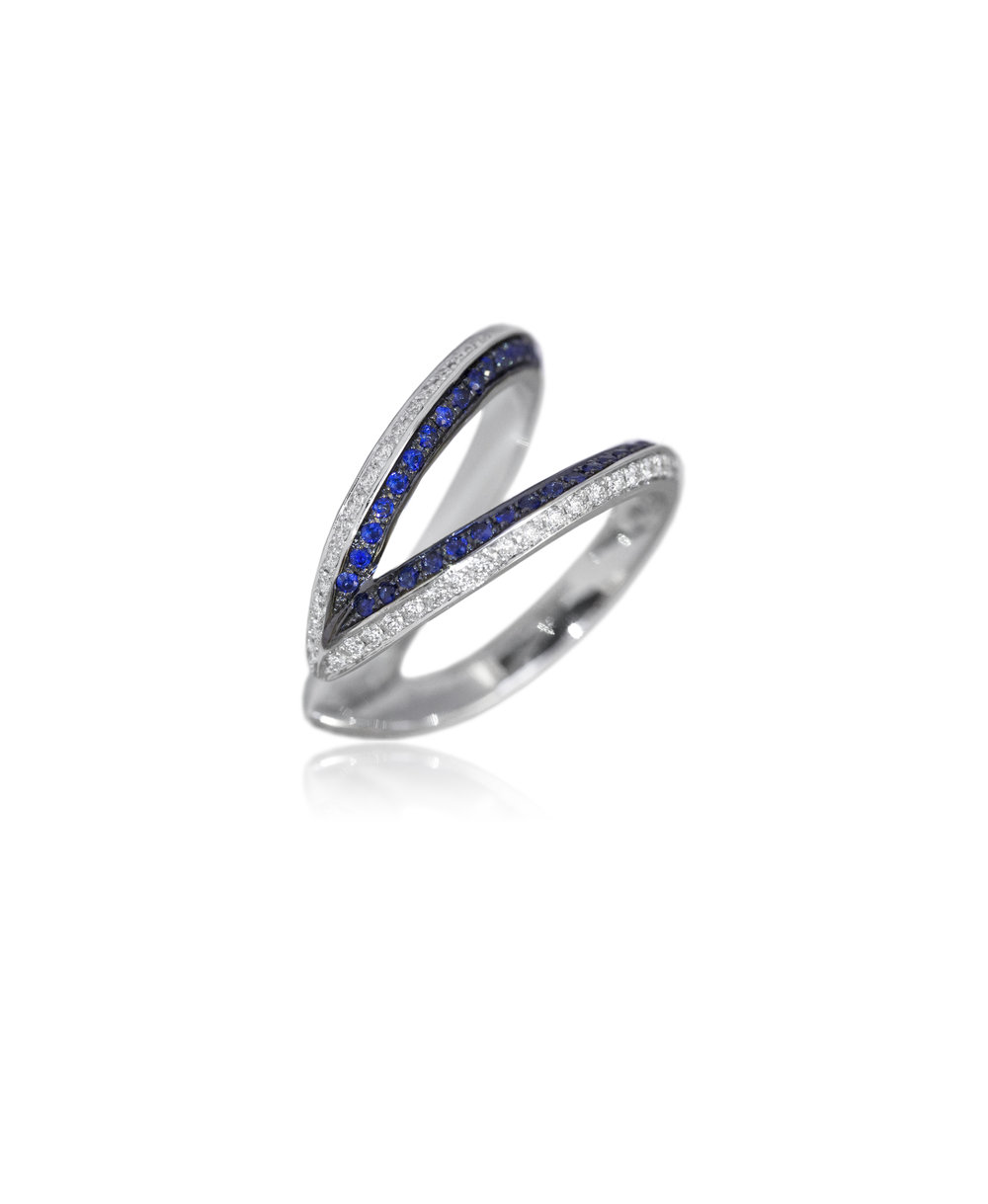Ring  18KT White Gold, Diamonds, Sapphires  REF. MOW145