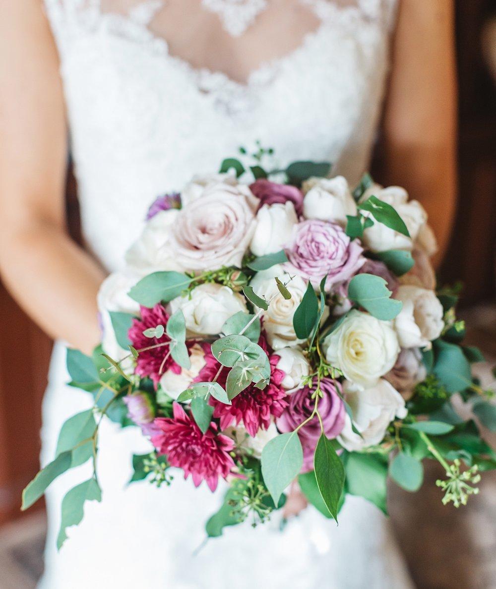 Rose Bouquet and Bridal Gum