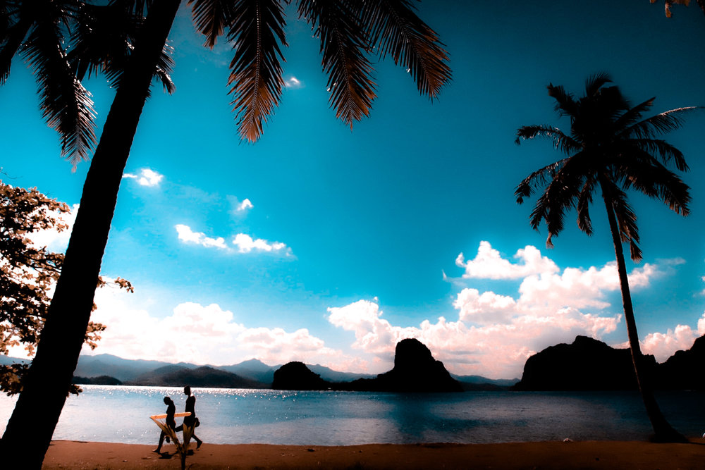 Couple in lover's island.jpg