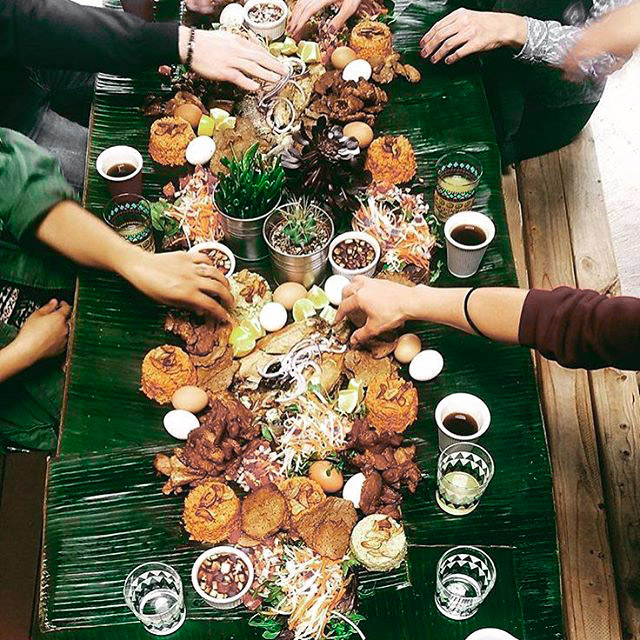 Table manners in the Philippines