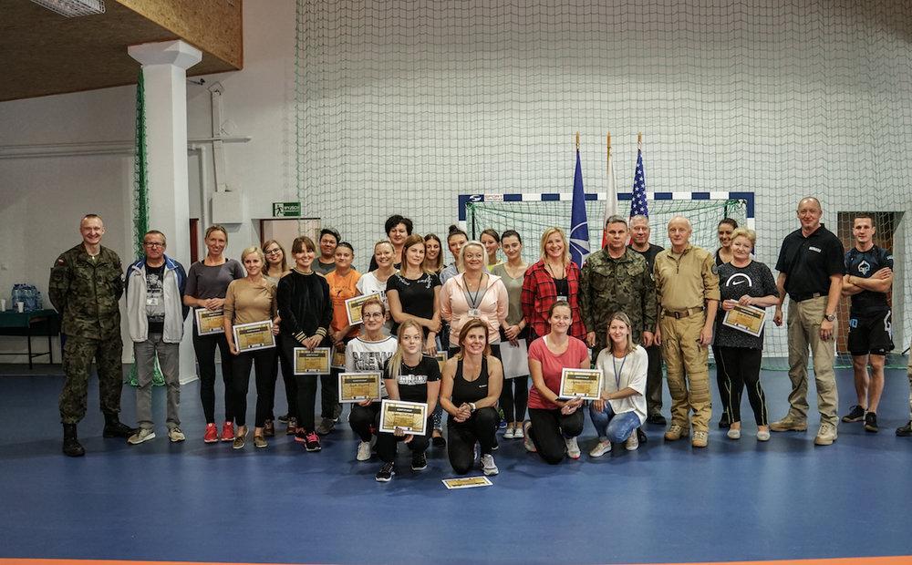 samoobrona_kobiet_jan_nycek_sajn_drawsko_centrum_szkolenia_wojsk_ladowych_obrona_przed_duszeniem_2.jpg