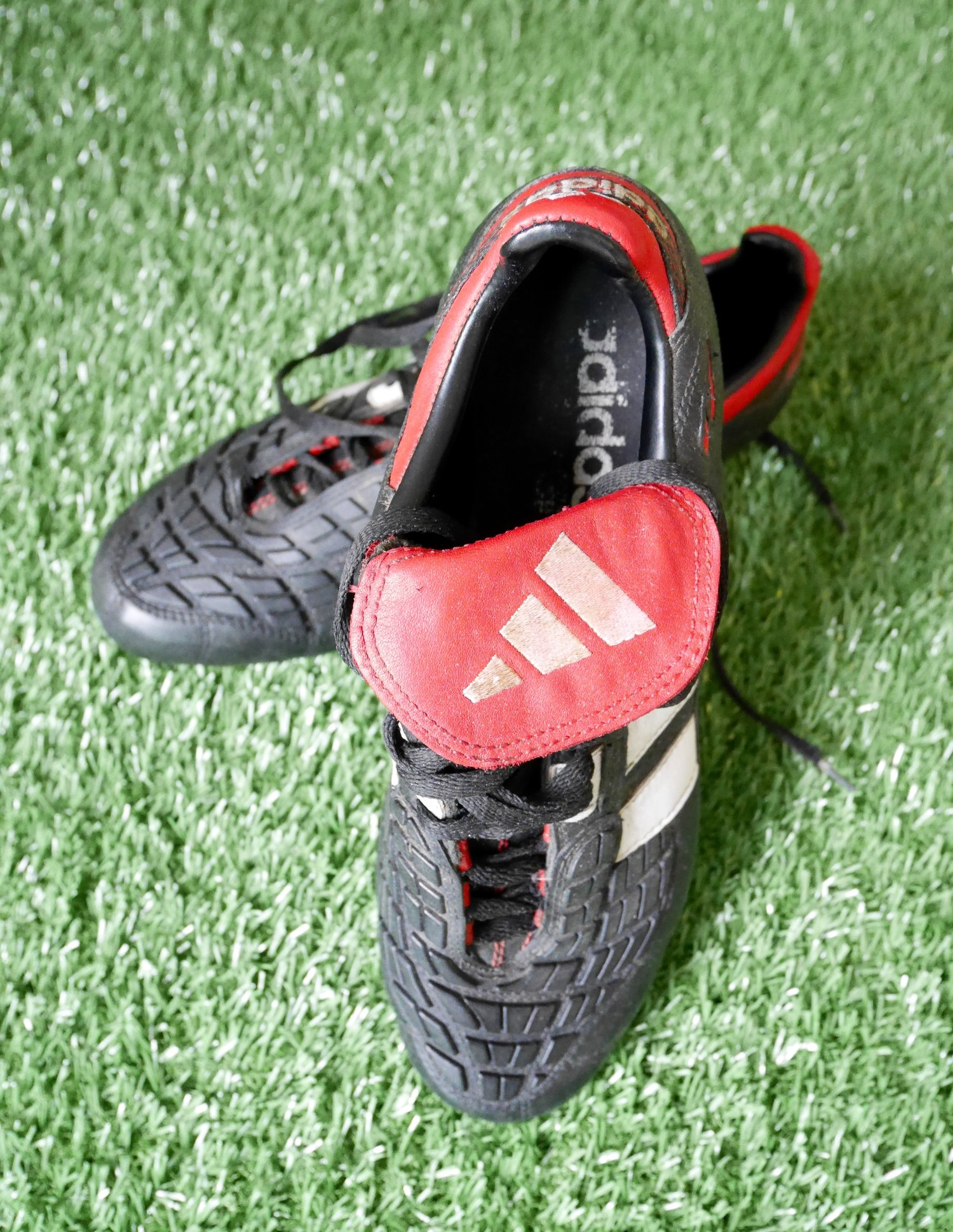 the latest 029f9 0cc20 adidas predator touch 96 (UK9)