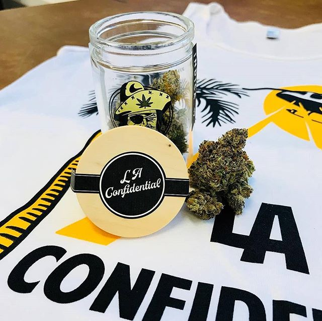 If up in Wa state stop in and ask for @freddysfuego new LA Confidential 🔥🔥🔥🔥🔥🔥🔥🔥🔥🔥🔥🔥🔥🔥 Powered up by a @juicedgrow Facility  #weed #weedporn #weedstagram #weedstagram420 #juicedgrow #growindustries #420