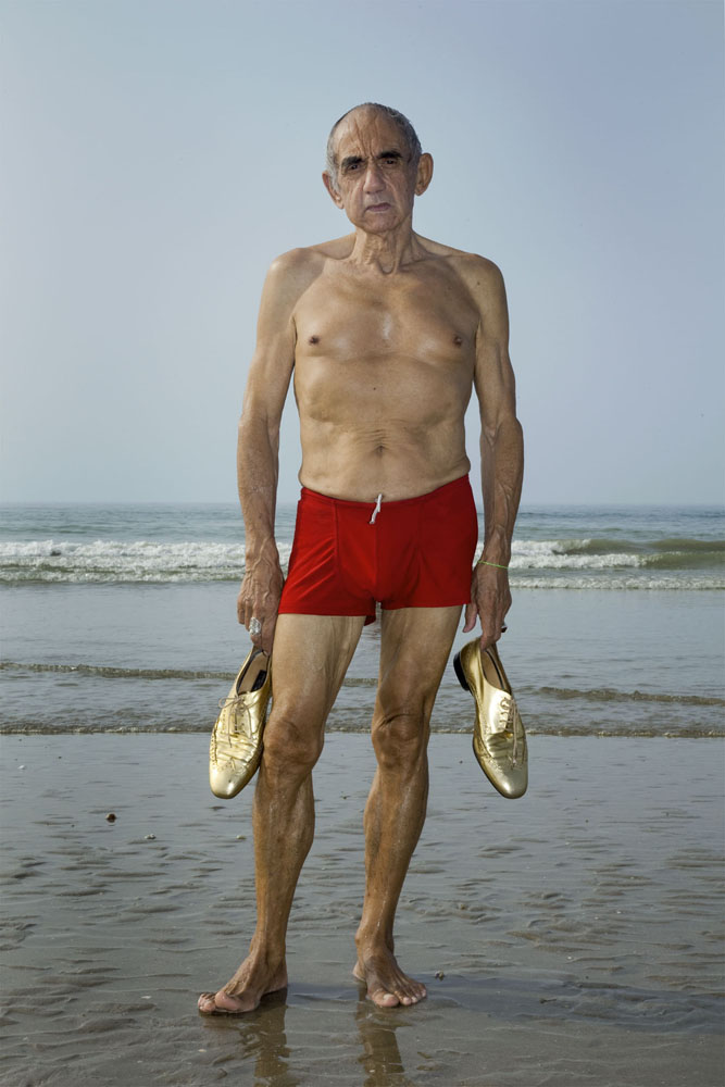 Copy of « LOOKING FOR THE MASTERS IN RICARDO'S GOLDEN SHOES #84 (TRIBUTE TO RINEKE DIJKSTRA, 1992) » BY CATHERINE BALET