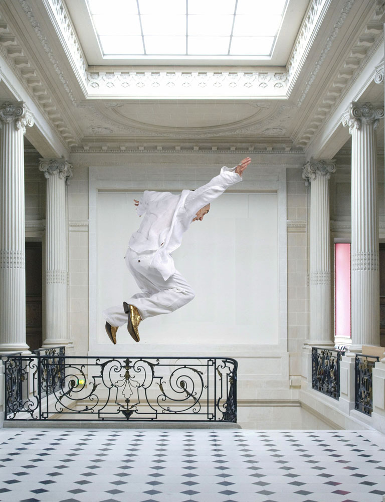 Copy of « LOOKING FOR THE MASTERS IN RICARDO'S GOLDEN SHOES #102 (LEVITATION TREND) » BY CATHERINE BALET