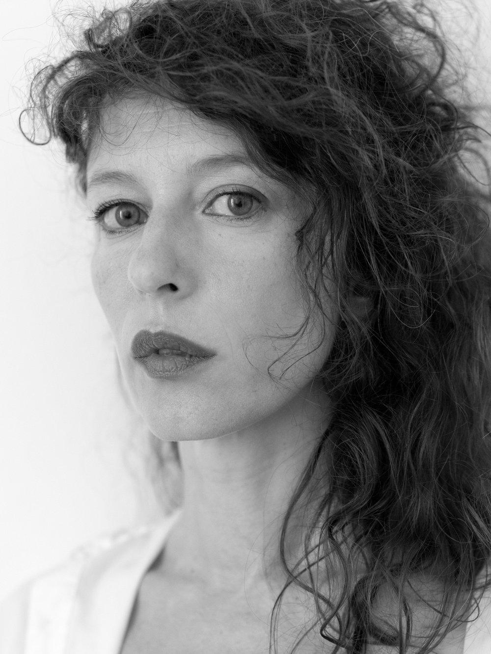 GTB_Amélie-Labourdette_Portrait_Courtesy-Galerie-Thierry-Bigaignon.jpg