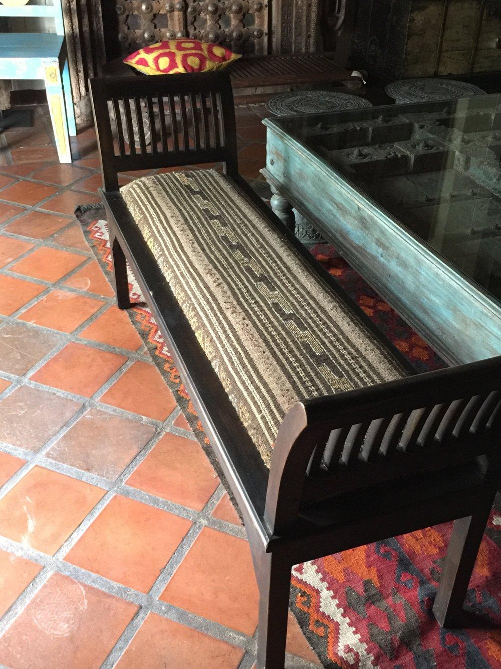 Rest Bench with Iraq-Kilim