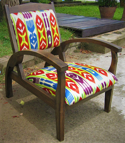 Titanic Chair with Afghan Suzeini Silk