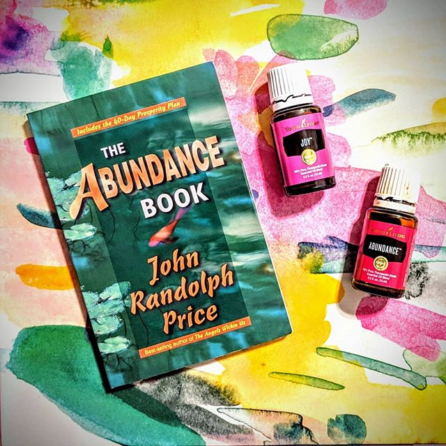 "To change your world, you must change your consciousness.  Think of it this way: What you are experiencing in life are your finite ideas projected into materiality.  However, behind what you see is what Spirit sees, and that Infinite Vision constitutes the Reality. ""The Abundance Book"" - John Randolph Price  #abundance #joy #essentialoils #younglivingessentialoils #youngliving #plusoilsteam #essentialsforlife #rootedessentials #manifestation"