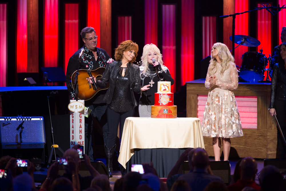 OPRY RELEASE_Reba 40th Cake 7793 Vince, Dolly Carrie Black.jpg