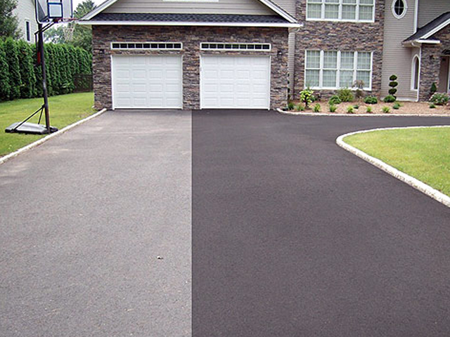 asphalt-driveway-resurfacing-tennessee-home-roadbuilders-paving.jpg