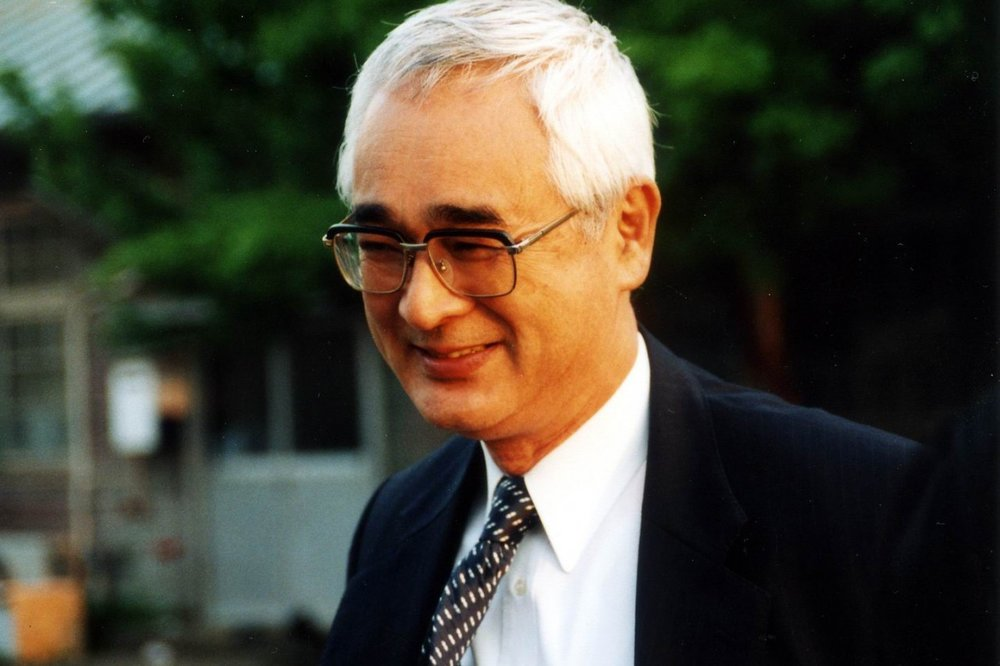 Dr. Kozai 2.jpg