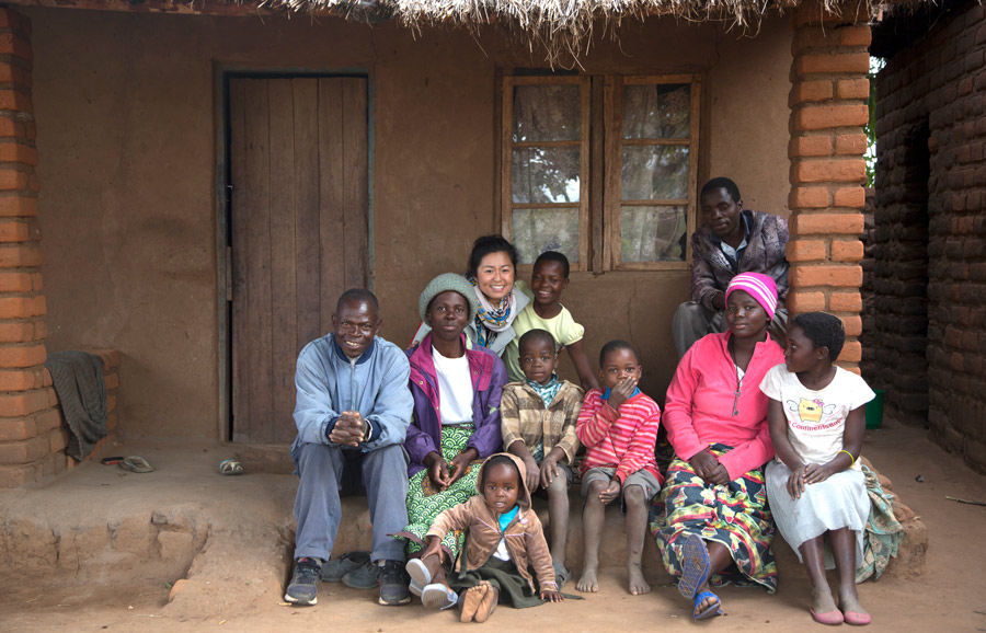 UME-HER-malawi-villagevisit-3.jpg