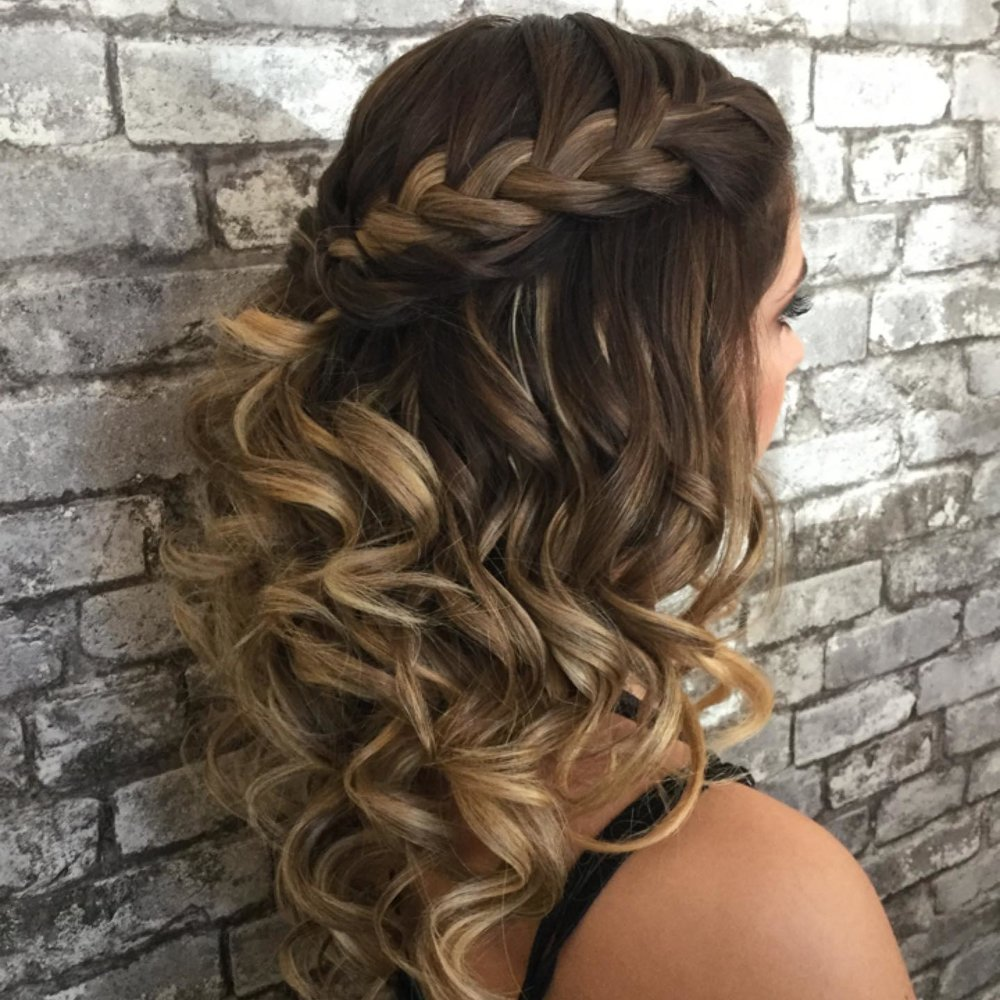 Vamp HAir Studio - Formal Hair Design