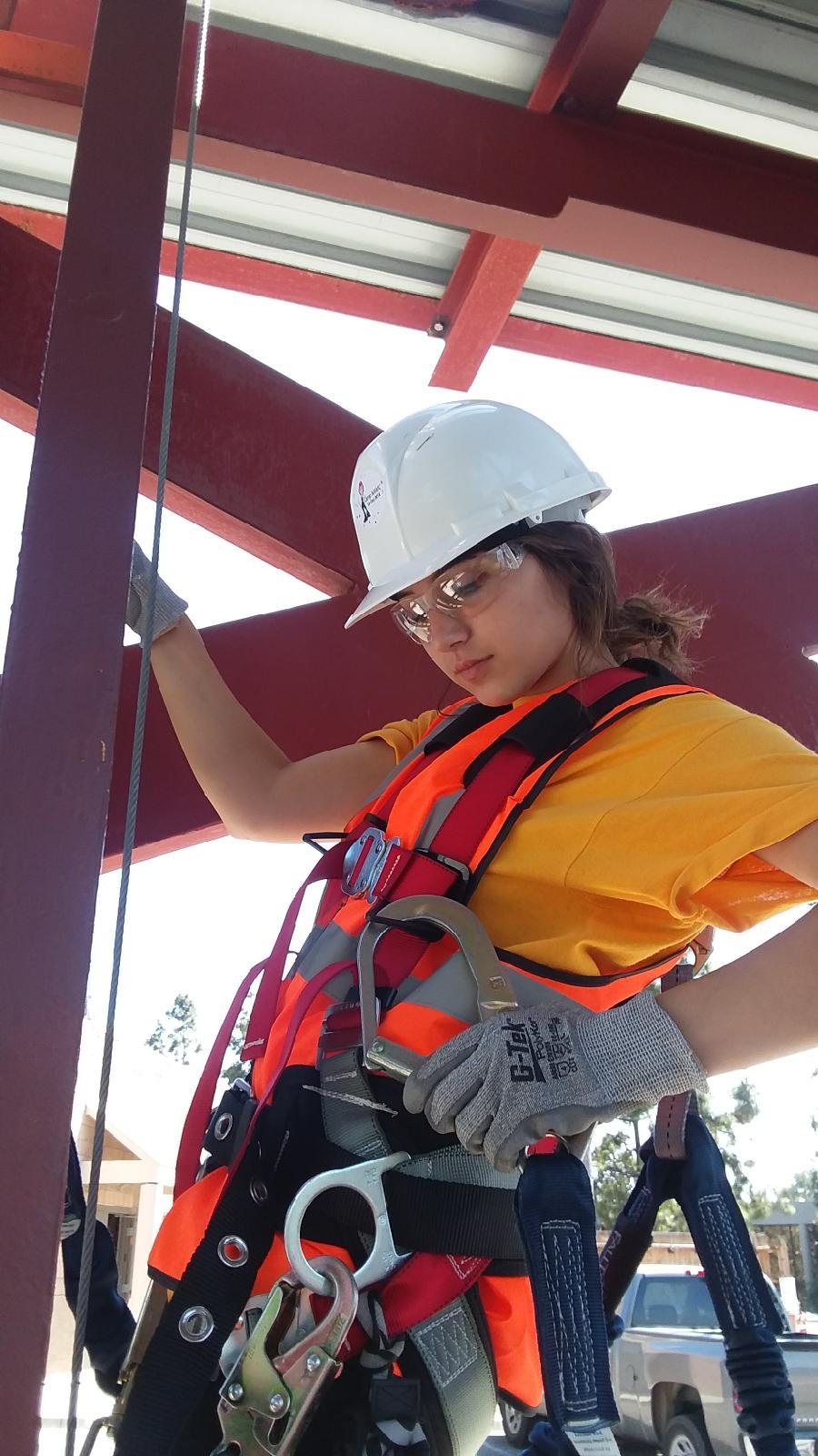 Apprentice Climbing-3.JPG