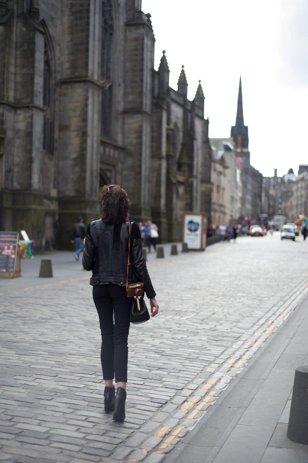 edinburgh- budget travel- a day away.jpg