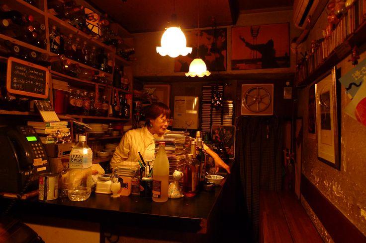 travel japan- golden gai- shinjuku- tokyo- a day away.jpg
