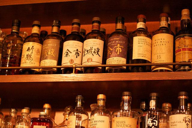 travel japan- shinjuku- tokyo- a day away.jpg
