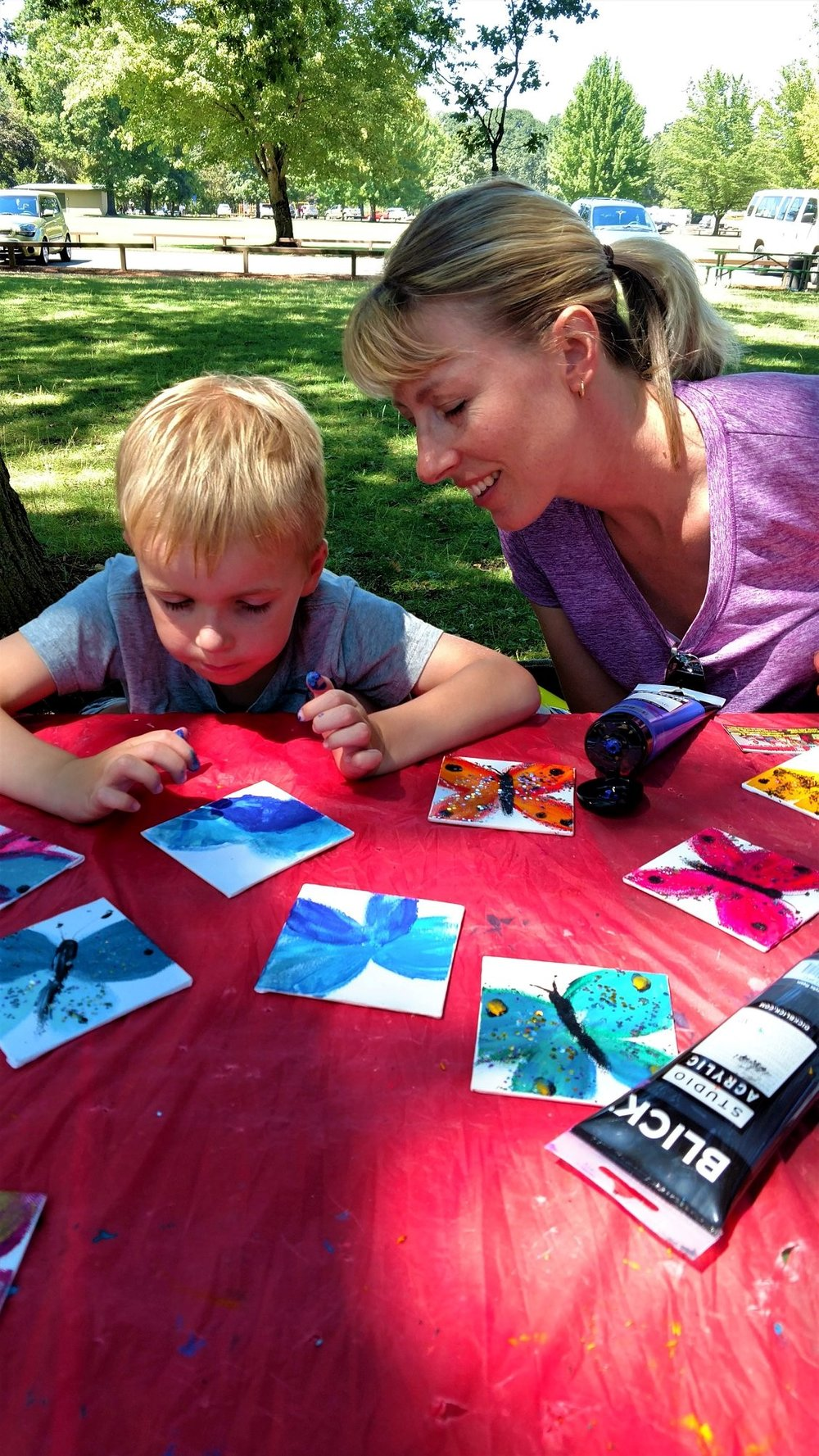 6x6 glitterflies karate event finger paint with acrylics then sparkle with glitter glue!- loved by all - mom & me family school & outdoor events