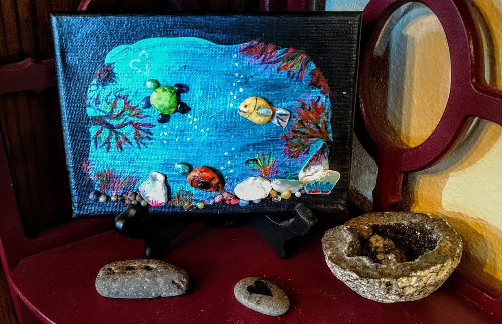 $15 5x7 Glass & Pebbles Reef