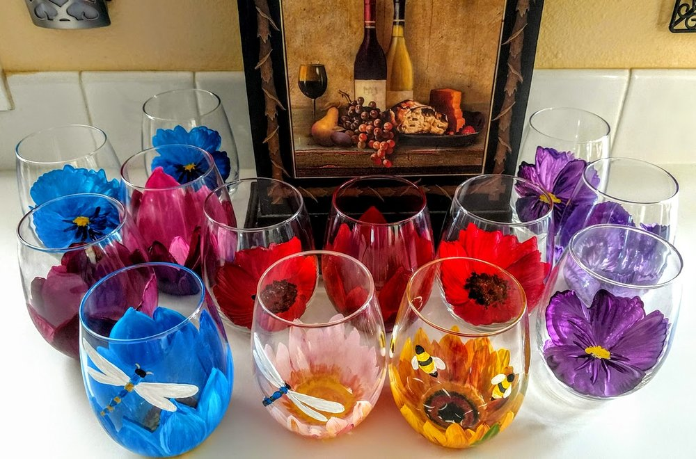 SET OF 4/$35 STEMLESS - DRAGON FLIES & BUSY BEES OH MY!