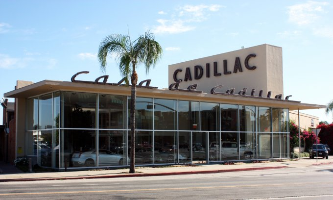 Casa De Cadillac �Sherman Oaks, CA -