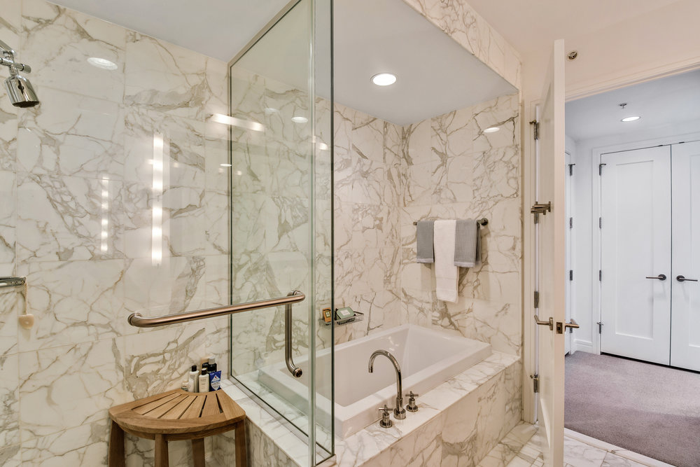 ritz carlton residence 20d shower.jpg
