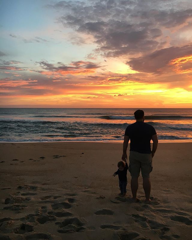Happy Valentine's Day to my guys. Love you, @gordon.tubbs. Take me to the beach! 🌴🌊