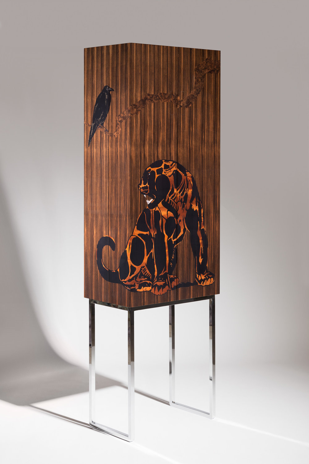 JAGUAR AND THE CROW COCKTAIL CABINET